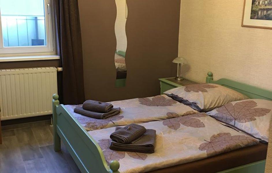 Doppelzimmer Braun